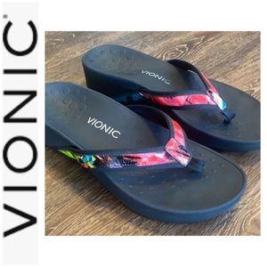 Bionic worn once sandal flip flop High Tide sz 10